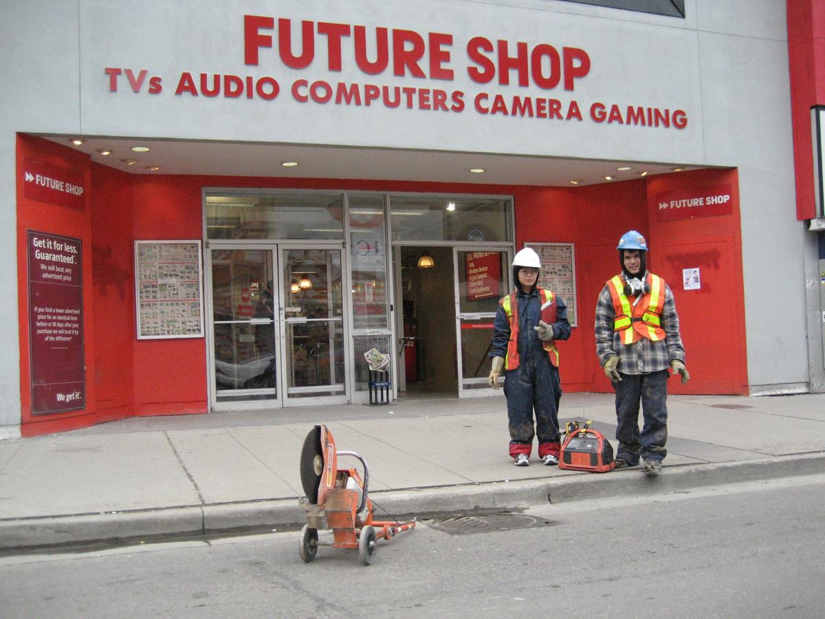 MRoad-04_futureshop